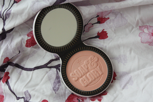 soap & glory glow all out luminizing face powder open in its packaging