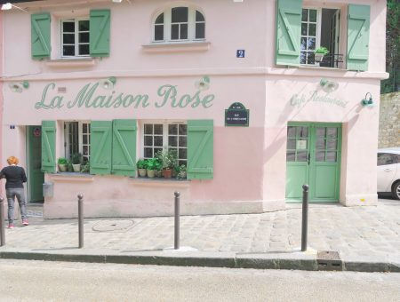 La Maison Rose in day trip to Paris on a budget on francescasophia.co.uk